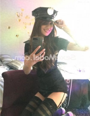 Galit escorte girl massage